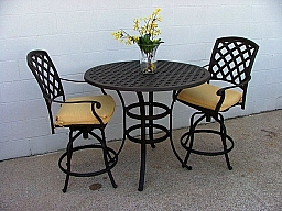 """24 """" COUNTER TABLE ALUMINUM & 2 SWIVEL COUNTER STOOLS  MX331Z BROWN"""